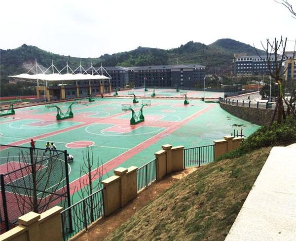 贵州农院运动场