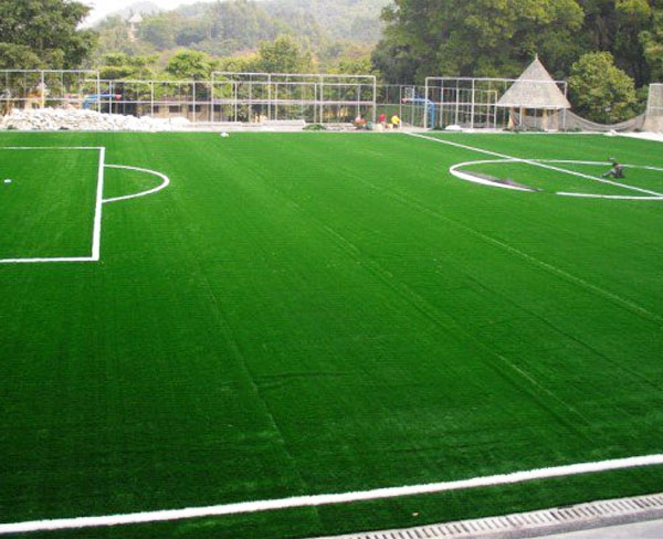 人造足球场